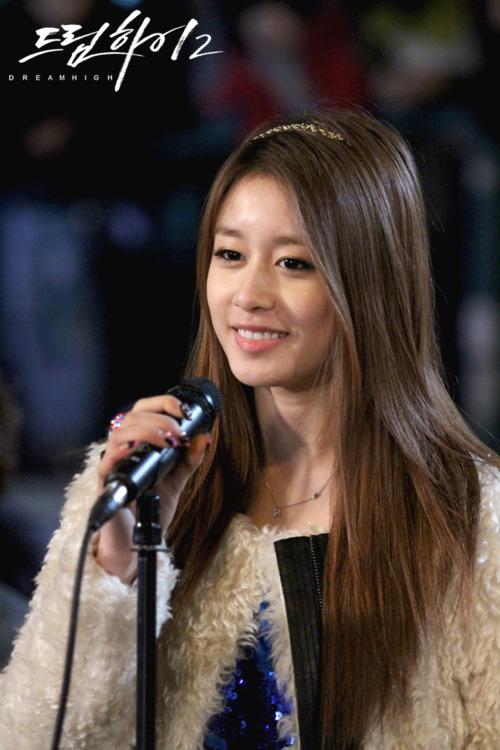 [Photos] Jiyeon's Dream High 2 Pictures Part 1/2   yoontaeyeon