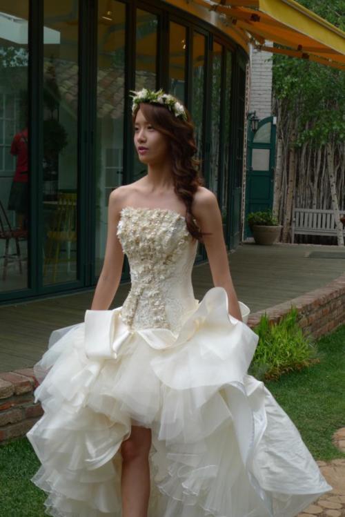 Photos Beautiful Yoona With Wedding Dress In Love Rain Ep 20