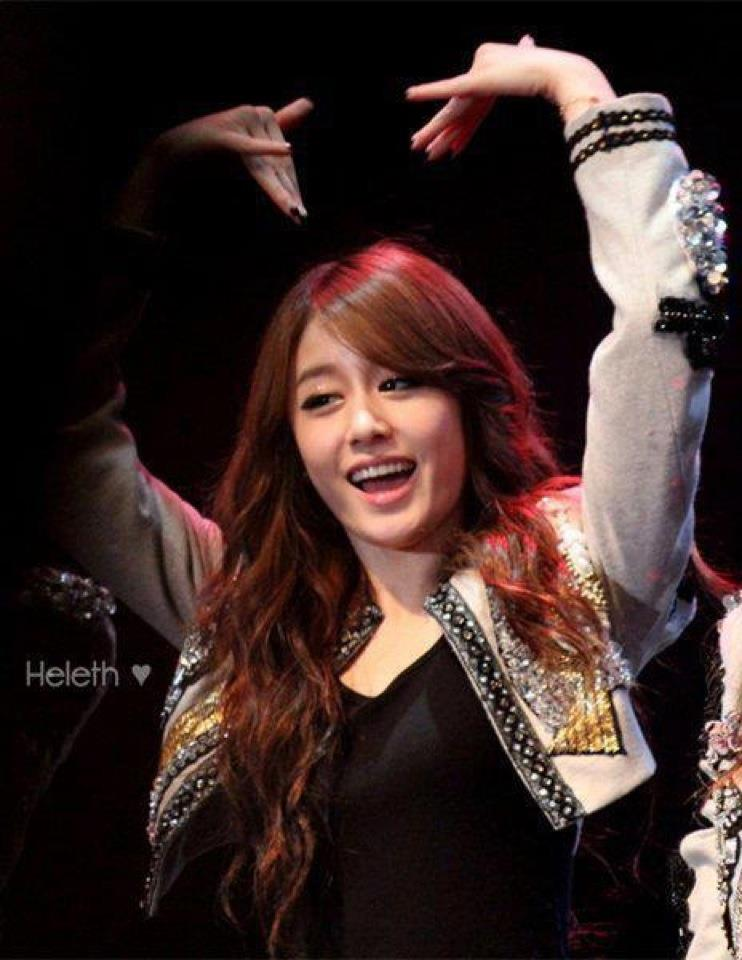 3 Photo] Jiyeon at Performance in 2011 | yoontaeyeon