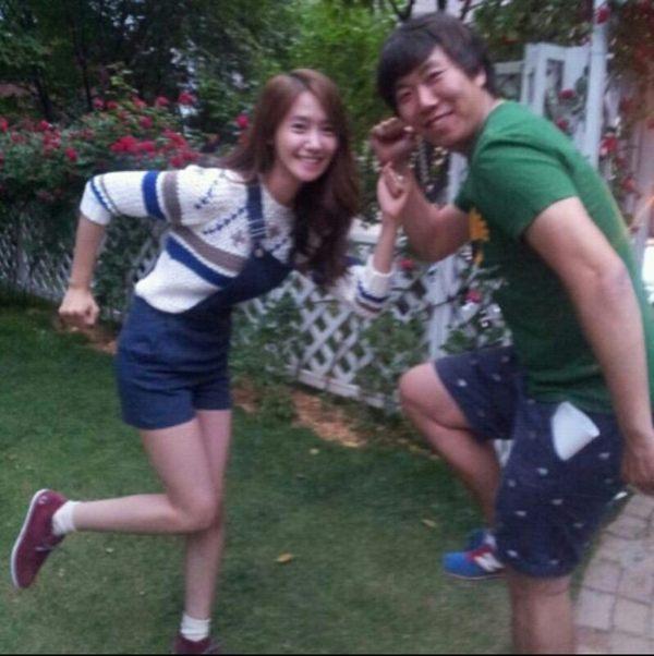 [Photo] Yoona and Love Rain's staff