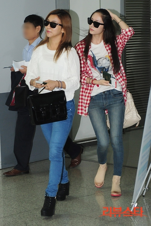[Photo] 2012.09.14 Krystal at Airport