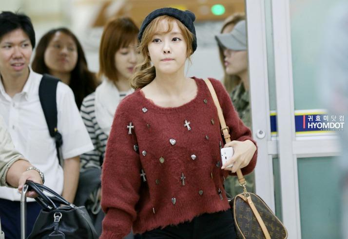 [Photo] 120924 Hyomin at Airport Back to Korea