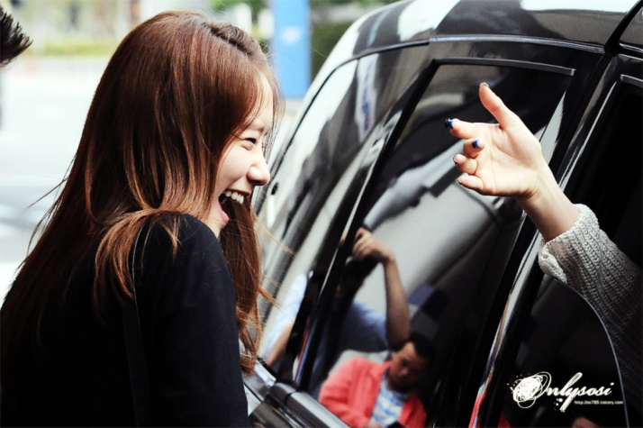 [Photo] Yoona at Airport with Tiffany