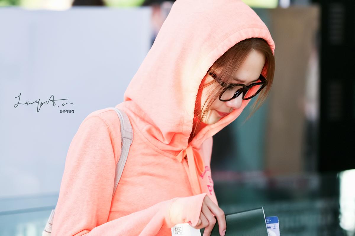 [Photos] 121001 SNSD (Yoona,Yuri,Jessica,Tiffany & Seohyun ...