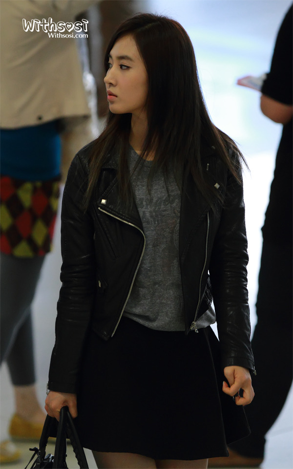 [Photos] 121005 SNSD (Yoona,Yuri,Seohyun,Tiffany,Sooyoung ...  [Photos] 121005...