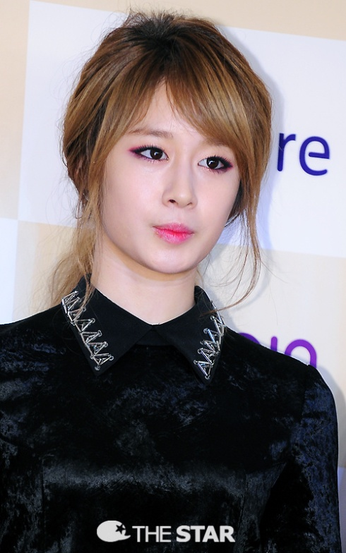[PHOTOS] 121214 Jiyeon (T-ara) at 2012 Melon Music Awards Part 2