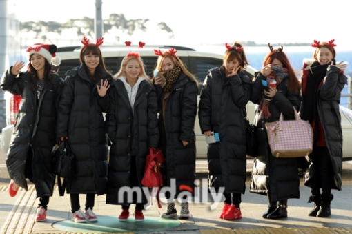 [PHOTOS] 121224 SNSD at (Yoona,Yuri,Seohyun,Tiffany,Jessica,Sooyoung,Hyoyeon,Taeyeon) Incheon Airport