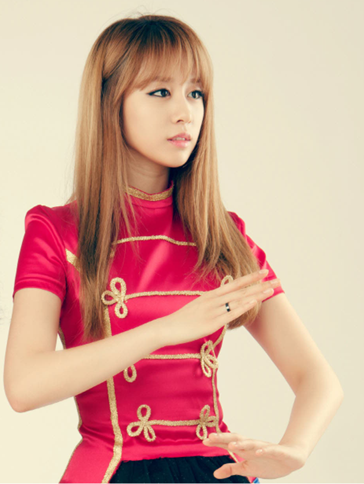 PHOTOS] Jiyeon & Boram (T-ara)'s New 3D Android App Photos 2013 ...